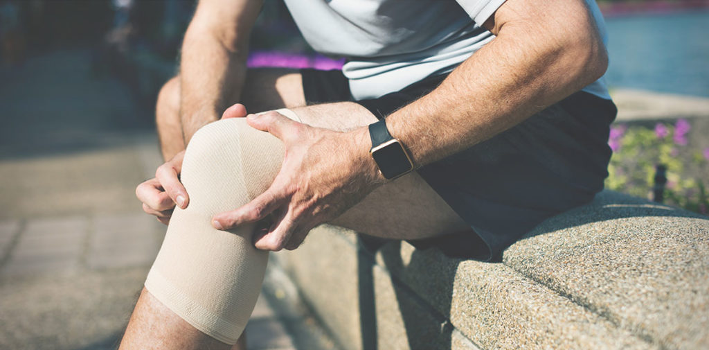 Knee Tendon Tear and Tendinitis Treatment in Beverly, MA